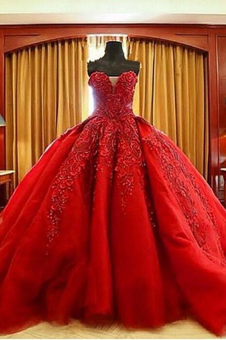 Red Lace Appliqués Sweetheart Floor Length Tulle Wedding Gown Featuring Chapel Train